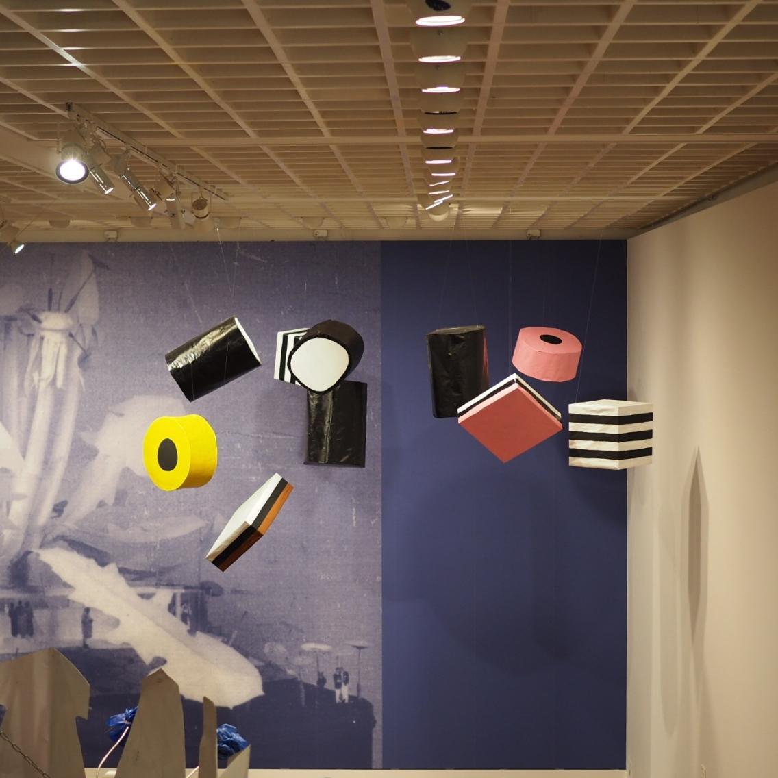 Poul Gernes -näyttelystä.