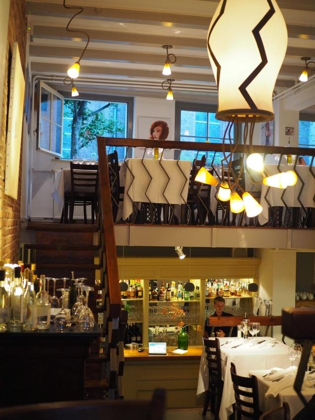 Italialainen Pianeta Terra -ravintola, Beulingstraat 7.
